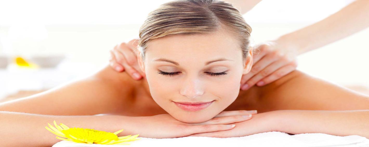 Rilassati e abbandonati al piacere dei nostri massaggiIl Benessere a portata di casa